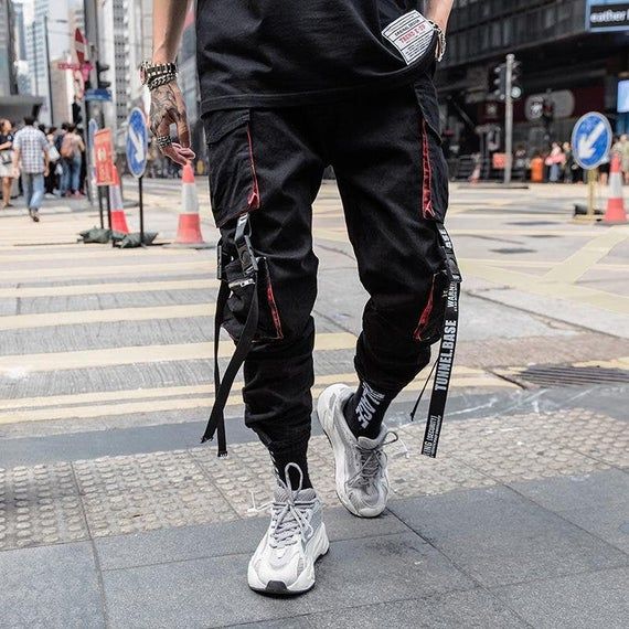 What kinds of clothes are available on Men's Techwear pants?