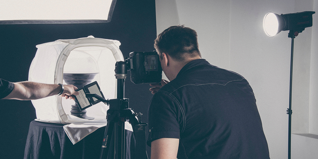 Three Variants In Studio Lighting Equipment Which Photographers Must Know